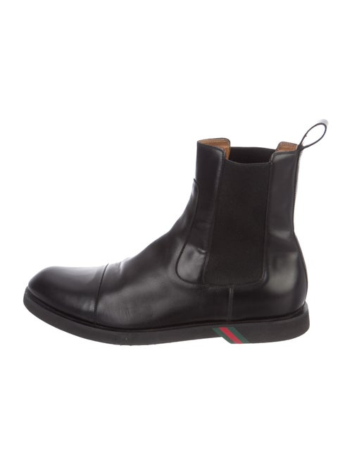 Gucci Leather Chelsea Boots black