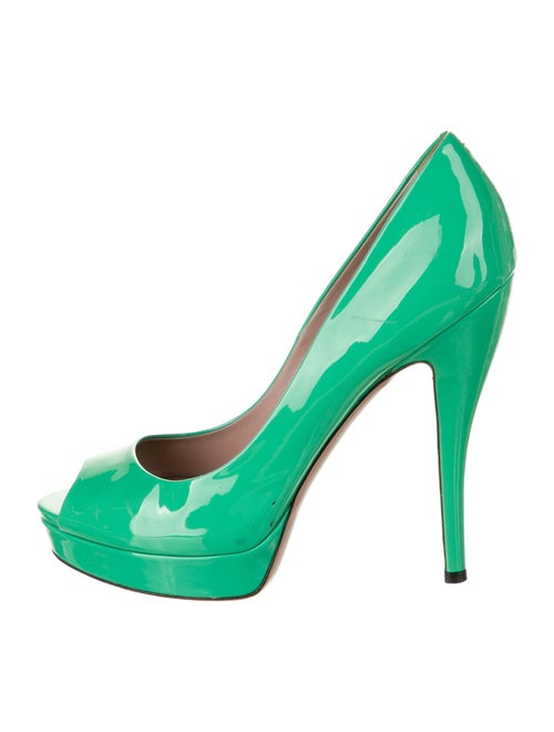 Gucci Patent Leather Pumps Green