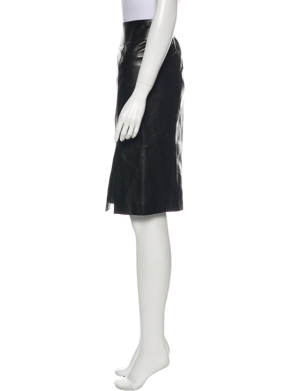 Gucci Leather Knee-Length Skirt Black - image 2