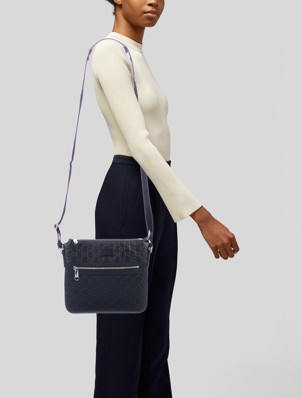 Gucci Signature Messenger Bag Black - image 2