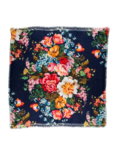 Gucci Wool Floral Print Scarf Wool