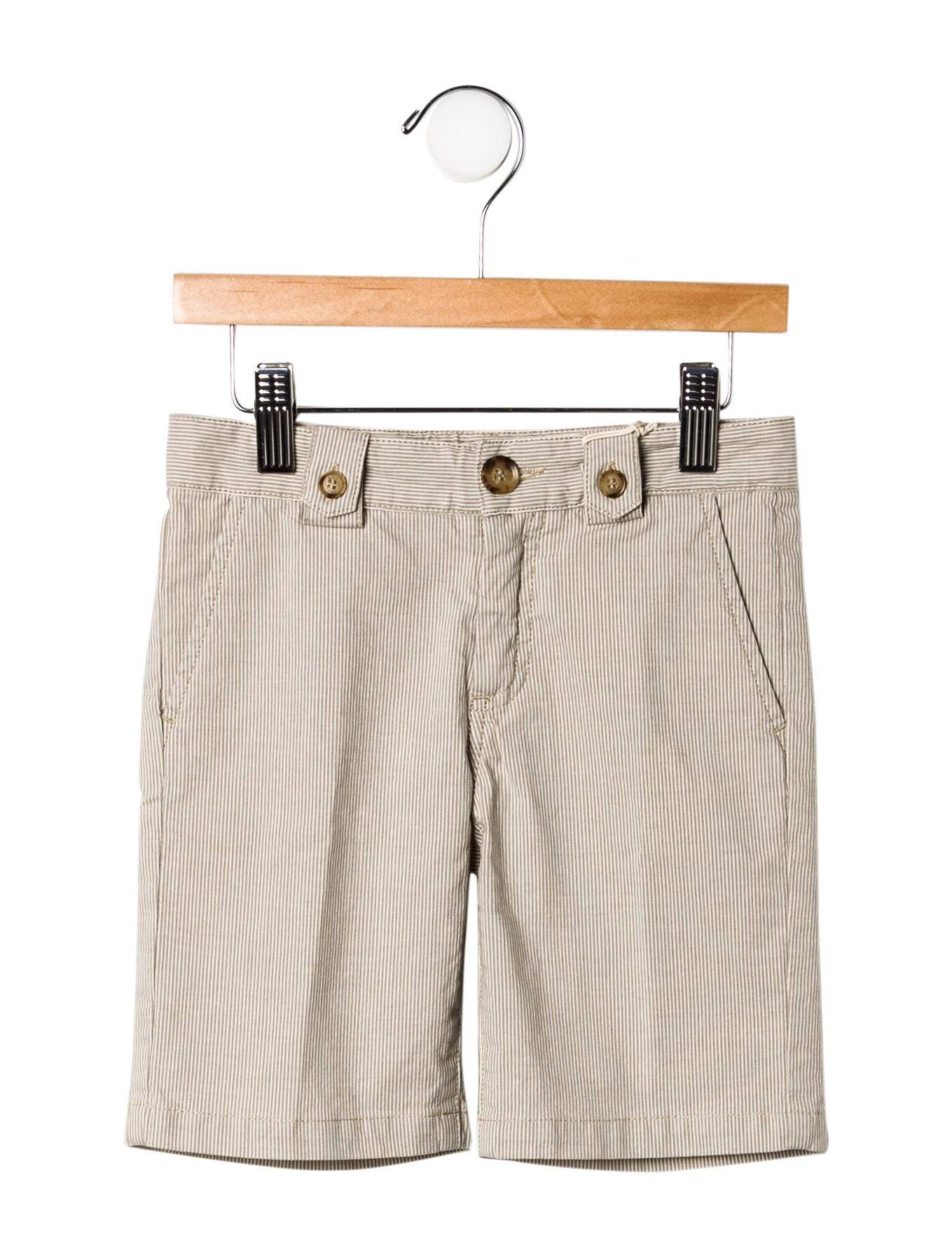 Boys' shorts complement active lifestyles. Whether your little explorers are adjusting to warming temperatures, enjoying summer break days at the park, or participating in year-round sports, various styles and materials keep boys of all ages comfortable.