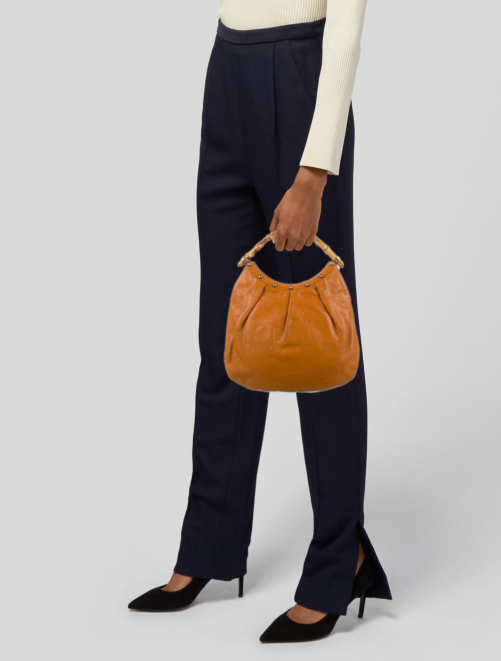 Gucci Leather Diana Bamboo Hobo Orange - image 2