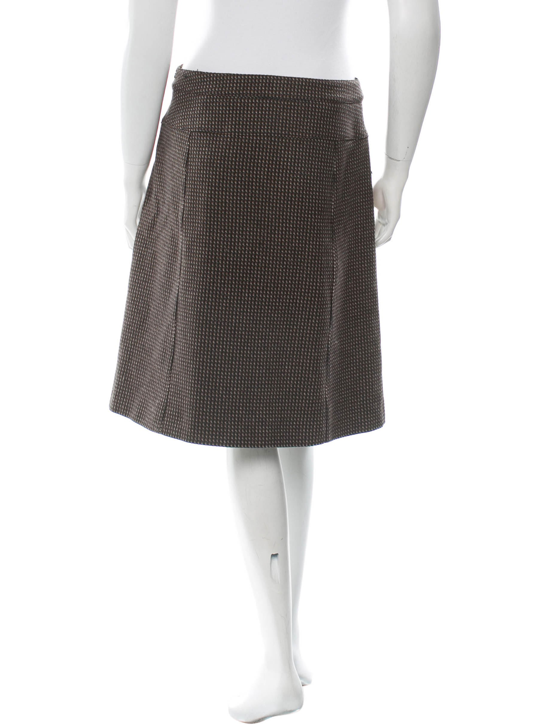 gucci wool a line skirt clothing guc72180 the realreal