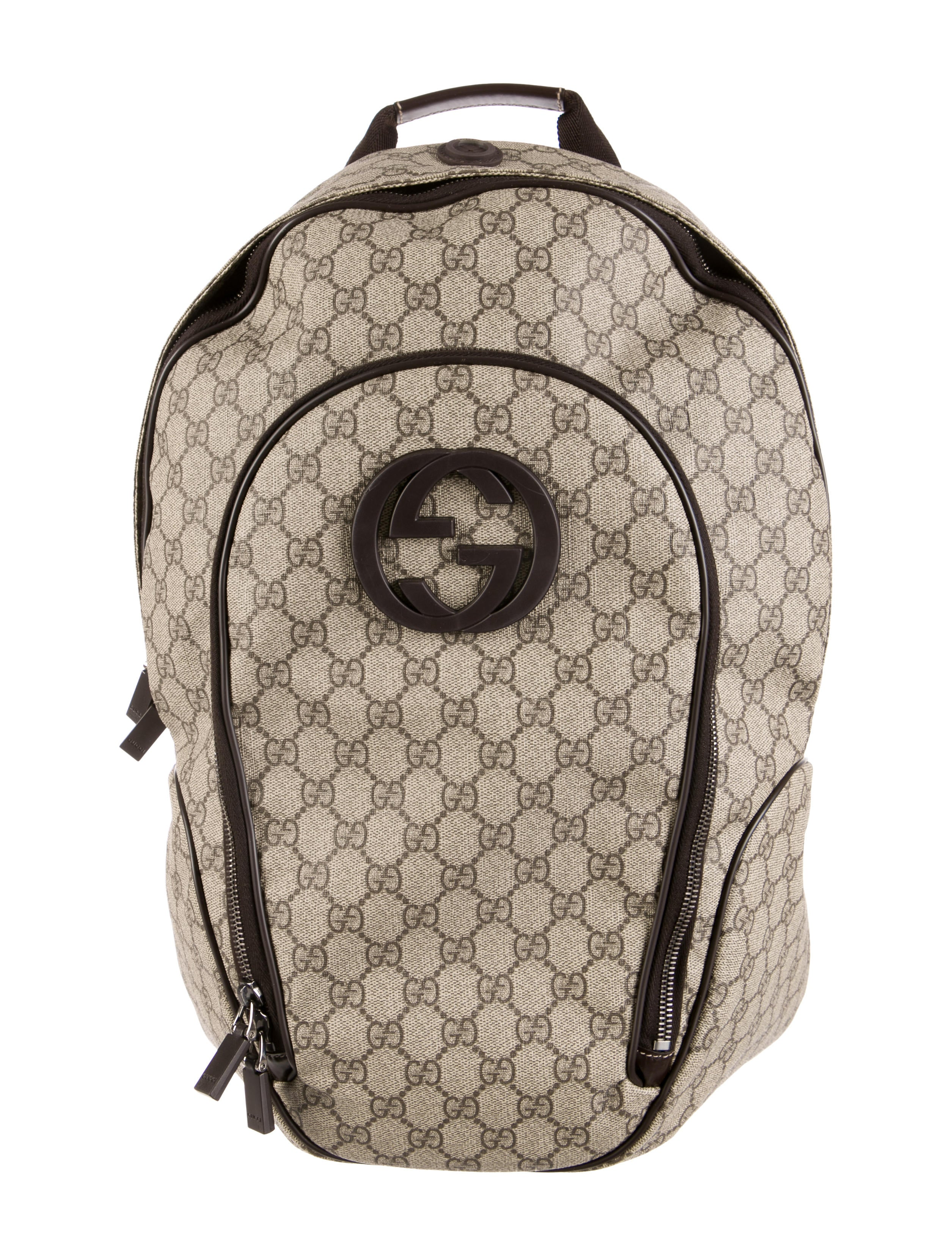 d83286e4327 Gucci GG Supreme Interlocking G Backpack - Bags - GUC78925