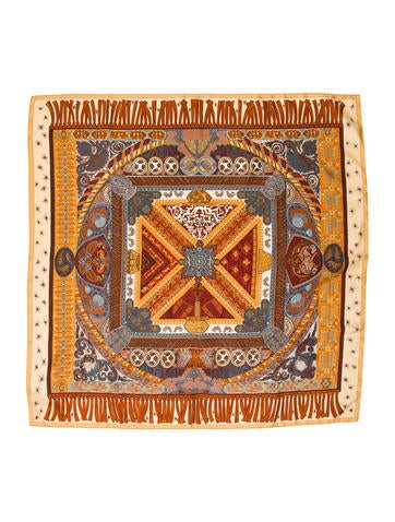 herm s sur un tapis volant silk scarf accessories her110260 the realreal. Black Bedroom Furniture Sets. Home Design Ideas