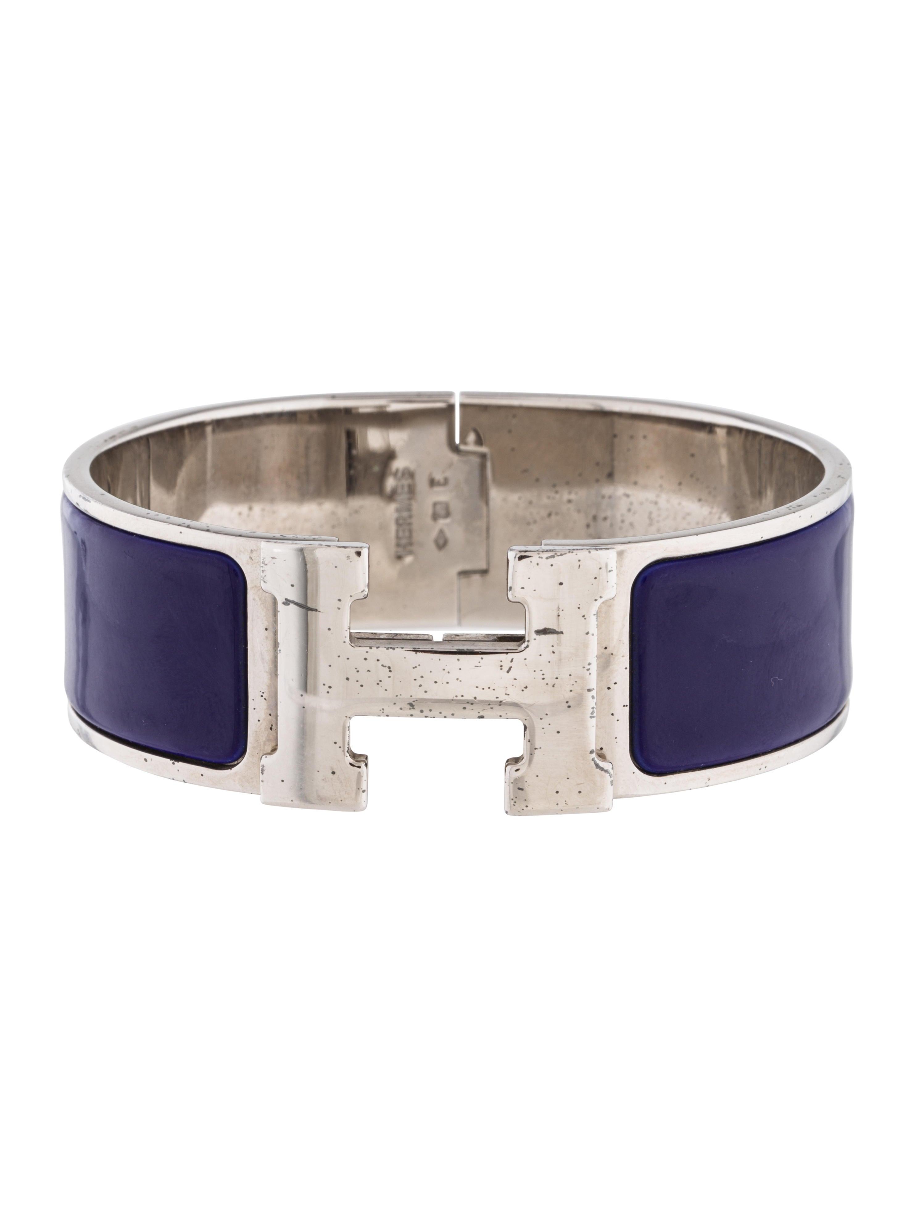 herm s clic clac h bracelet bracelets her110637 the. Black Bedroom Furniture Sets. Home Design Ideas
