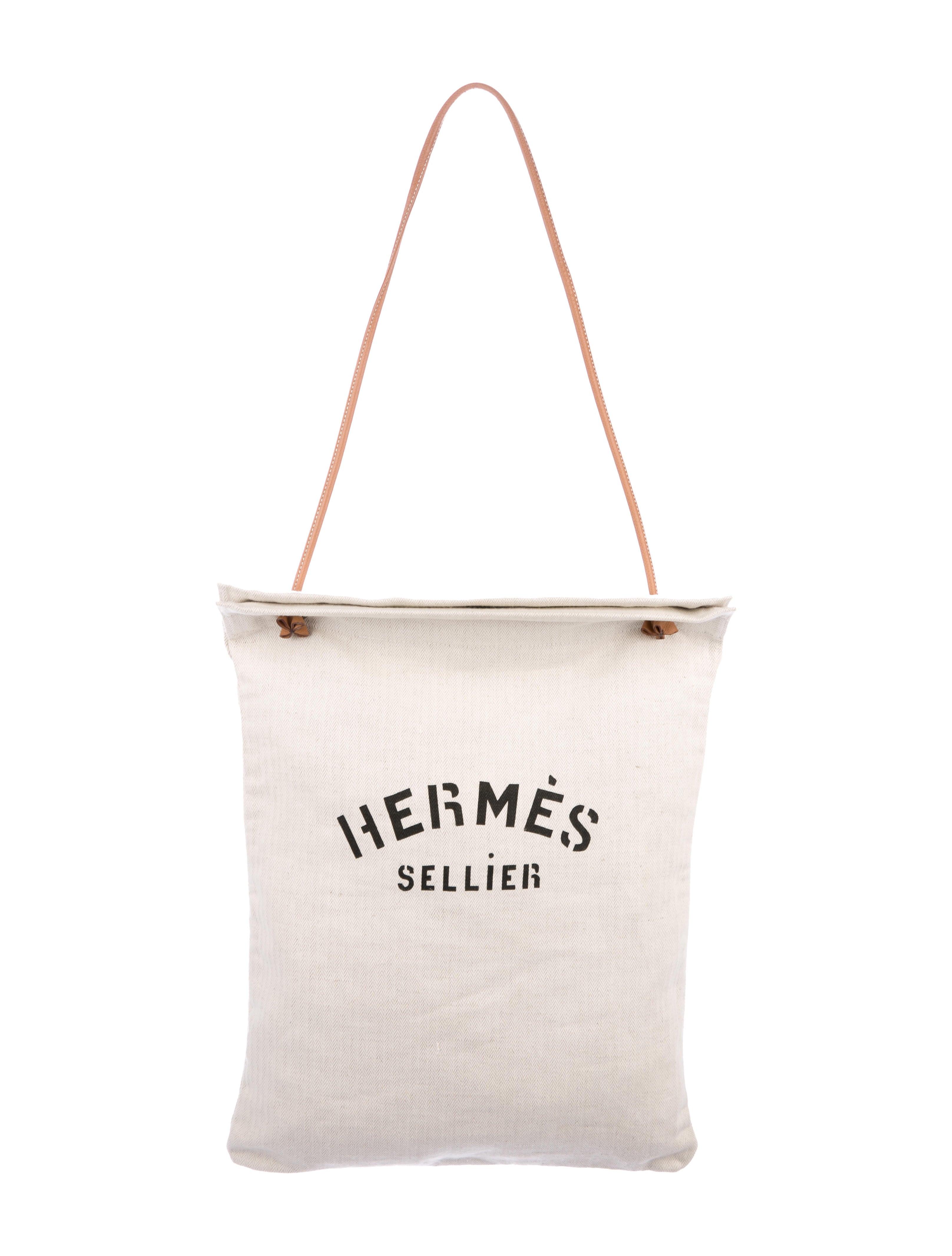 c336fb0557c6 Hermès Aline Grooming Bag - Handbags - HER129301