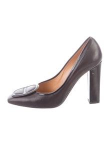8a05339c66f7 Hermès Shoes