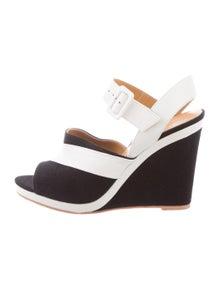 32b6c1047a3b Hermès Shoes