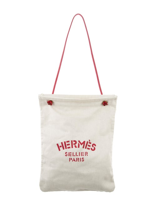 7e1037fef Hermès Aline Grooming Bag GM - Handbags - HER199139 | The RealReal