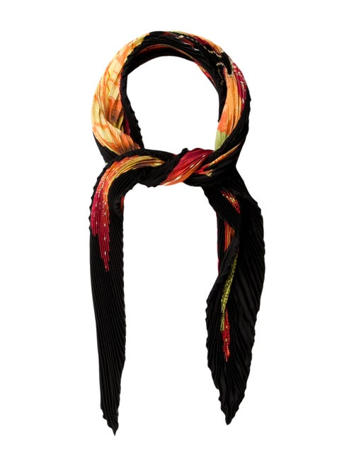Hermès Brazil Silk Plissé Scarf Black