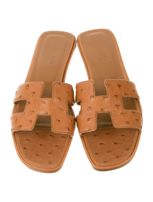 446482877d4b Hermès Ostrich H Oran Sandals - Shoes - HER34593