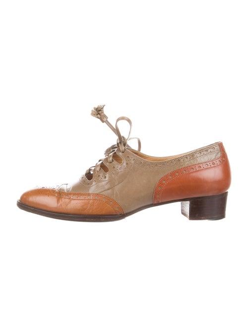 Hermès Vintage Leather Oxfords Brown - image 1