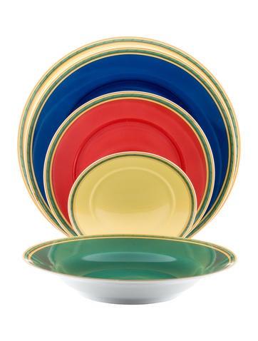 46-Piece Toucans Dinner Service