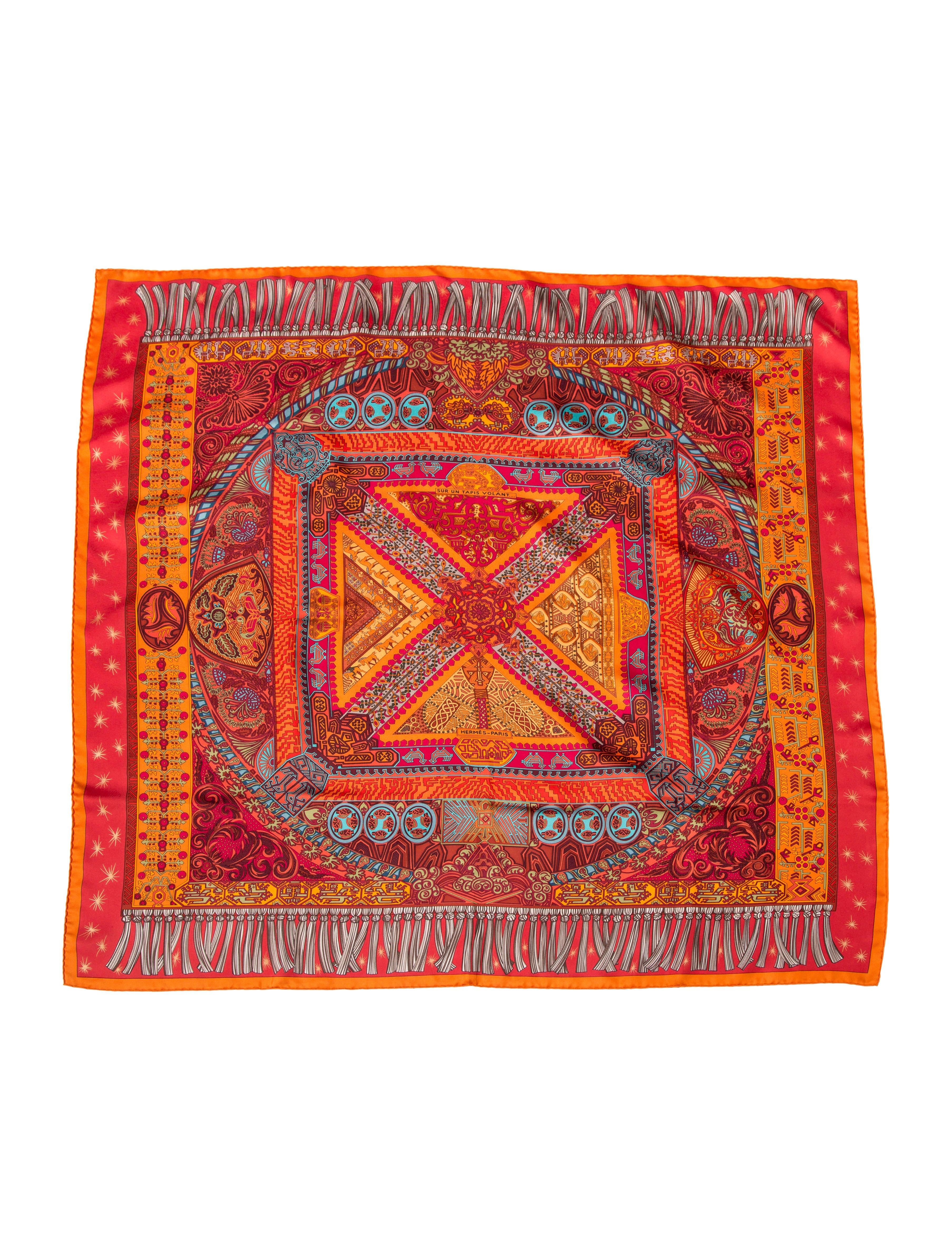 herm s sur un tapis volant silk scarf accessories. Black Bedroom Furniture Sets. Home Design Ideas