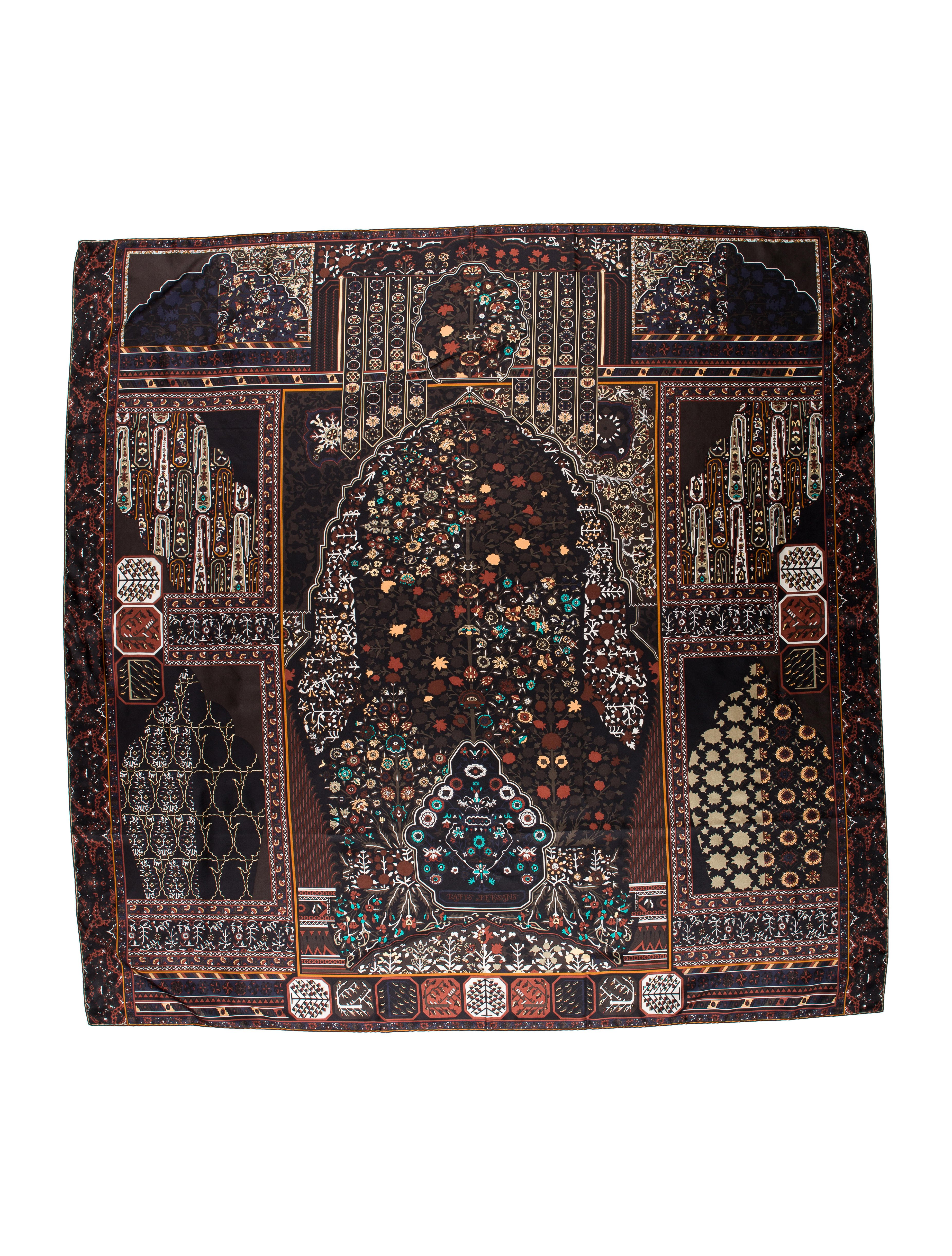 herm s tapis persans silk shawl accessories her92102 the realreal. Black Bedroom Furniture Sets. Home Design Ideas