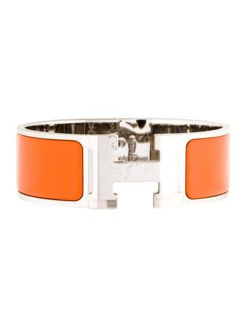 herm s wide clic clac h bracelet bracelets her93398 the realreal. Black Bedroom Furniture Sets. Home Design Ideas