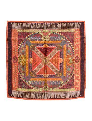 herm s sur un tapis volant silk scarf accessories her97168 the realreal. Black Bedroom Furniture Sets. Home Design Ideas