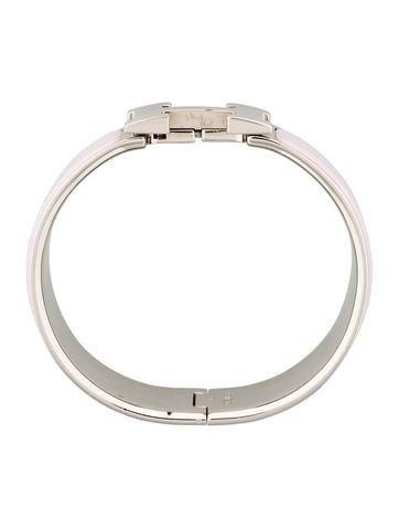 herm s wide clic clac h bracelet bracelets her98855 the realreal. Black Bedroom Furniture Sets. Home Design Ideas