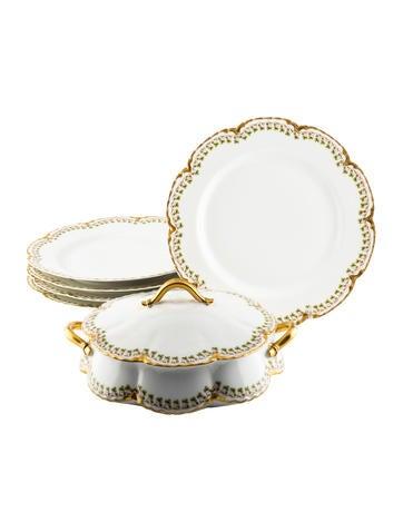 Haviland Six-Piece Clover Leaf Dinner Plates & Vegetable Dish None