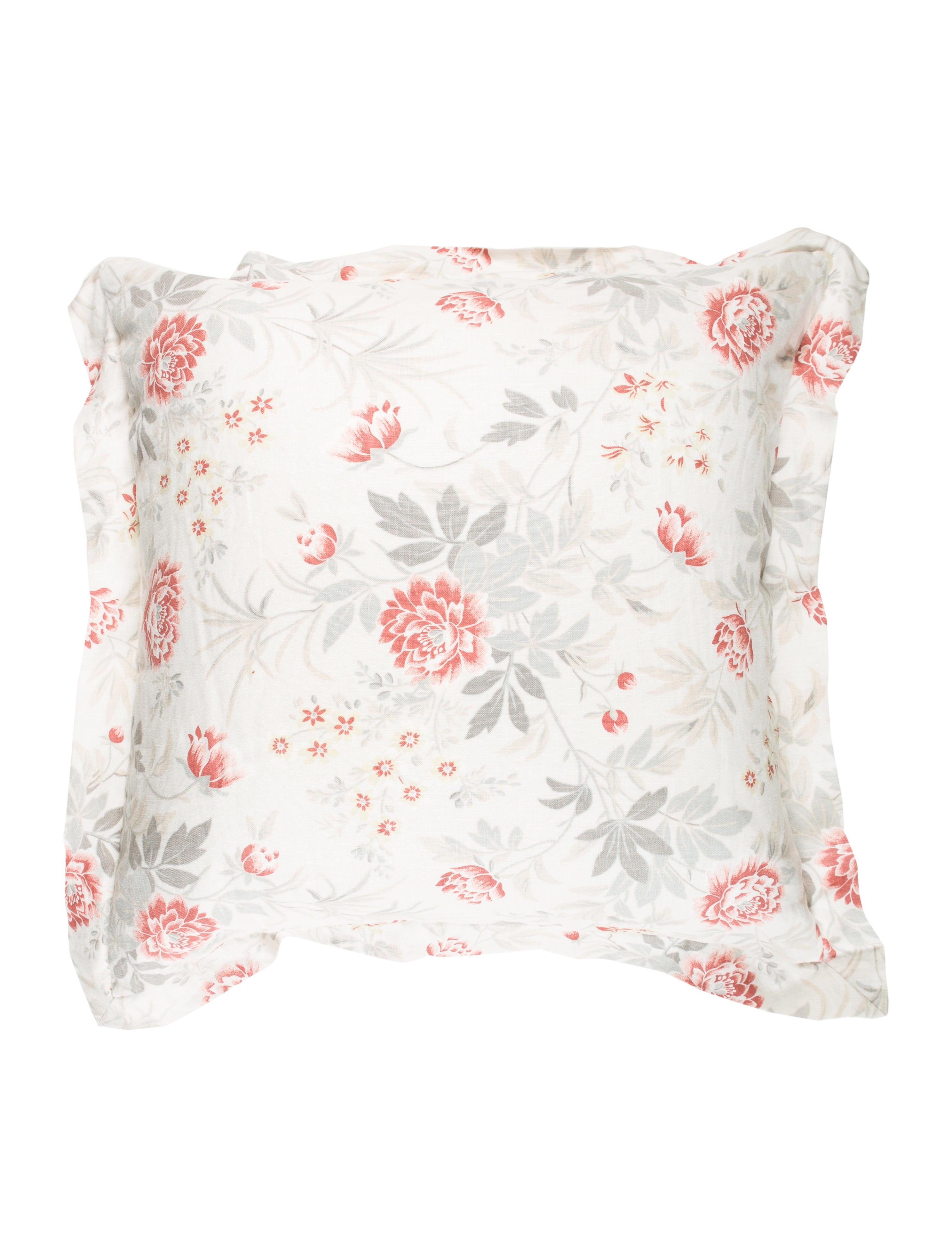 Home Linen Floral Throw Pillow - Bedding And Bath - HME21189 The RealReal