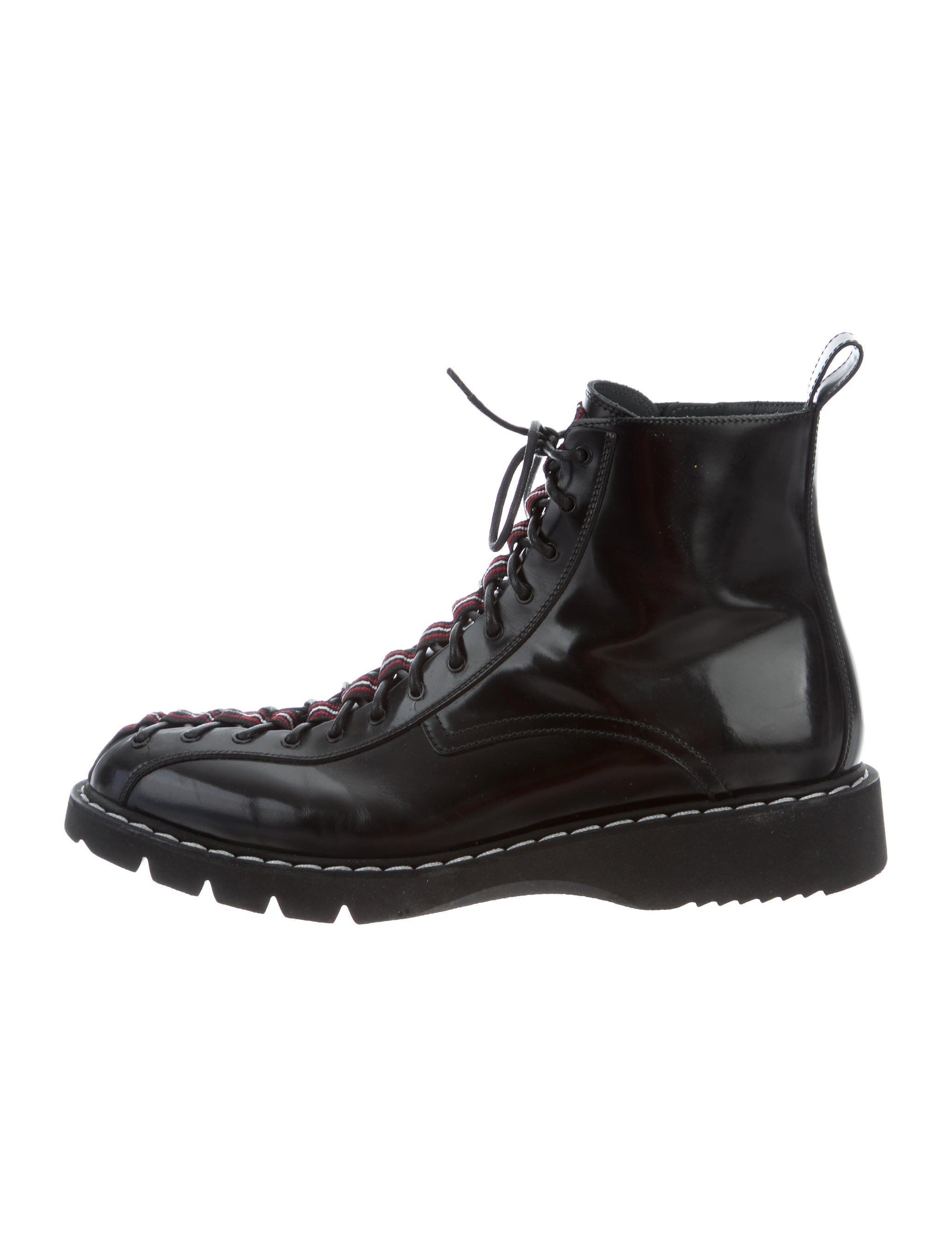 cfa8eaeebaf2 Dior Homme Leather Combat Boots - Shoes - HMM23275   The RealReal
