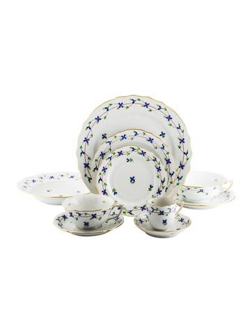 Herend 10-Piece Blue Garland Place Setting None