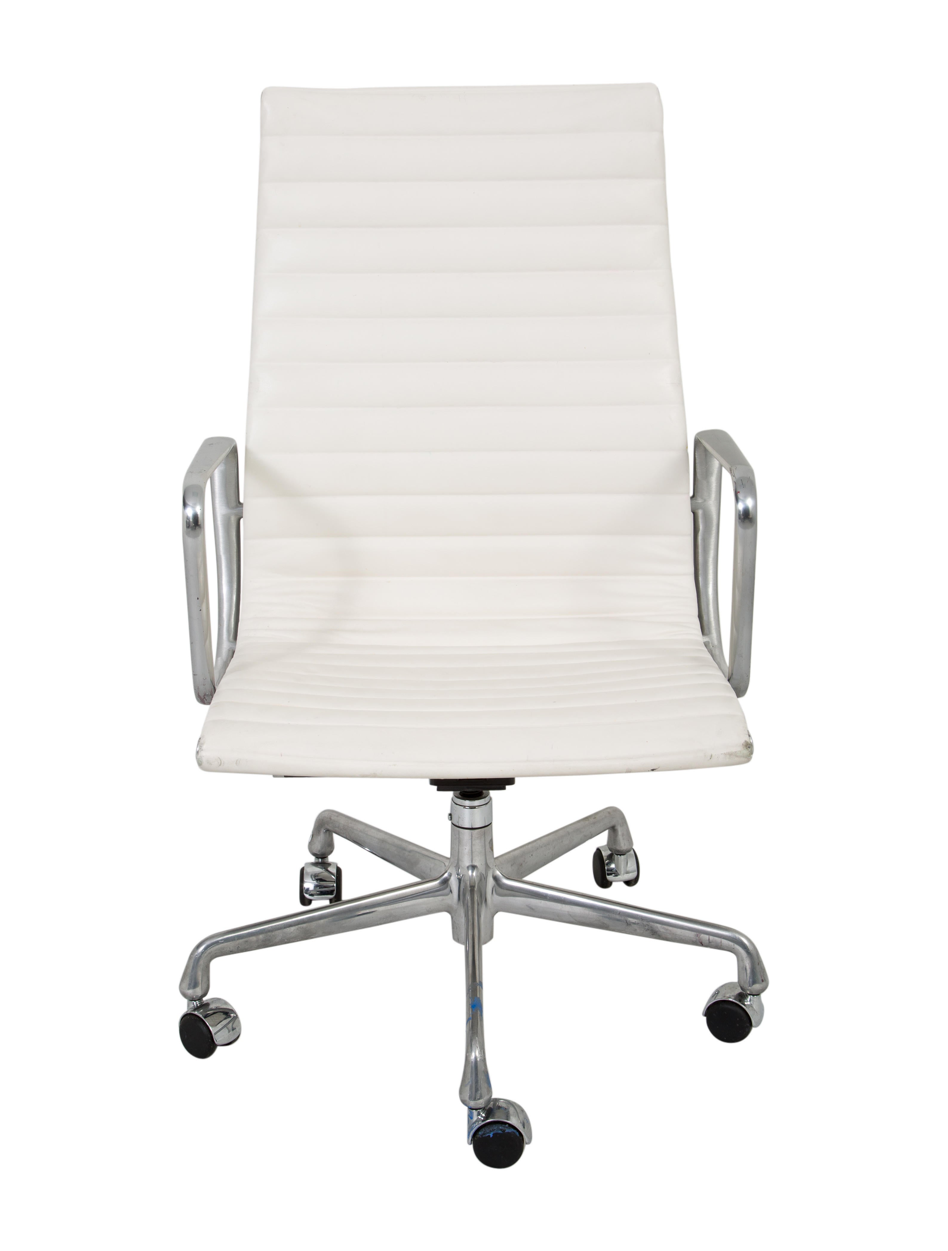 Herman Miller Eames Management Chair Furniture HRMIL