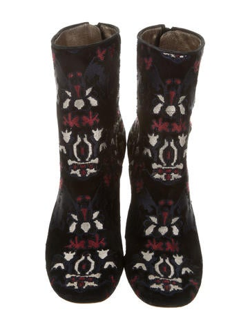2016 Guya Embroidered Boots