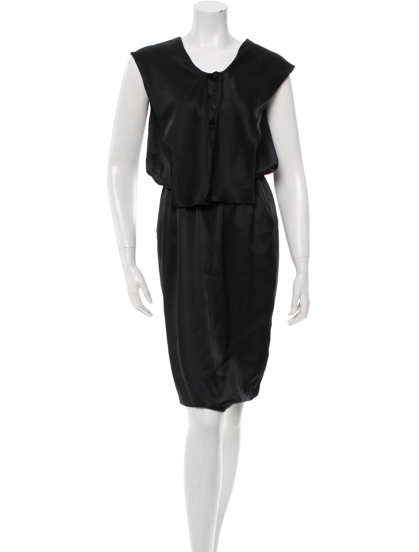 jean dress sleeveless how to wear