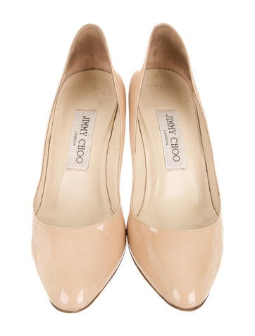 Round-Toe Pumps