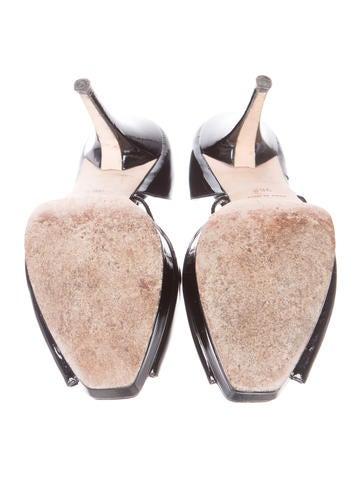 Peep-Toe d'Orsay Pumps