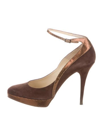 Suede Round-Toe Pumps
