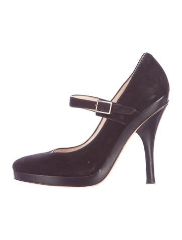 Suede Mary Jane Pump