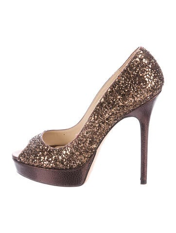 Crown Glittered Pumps