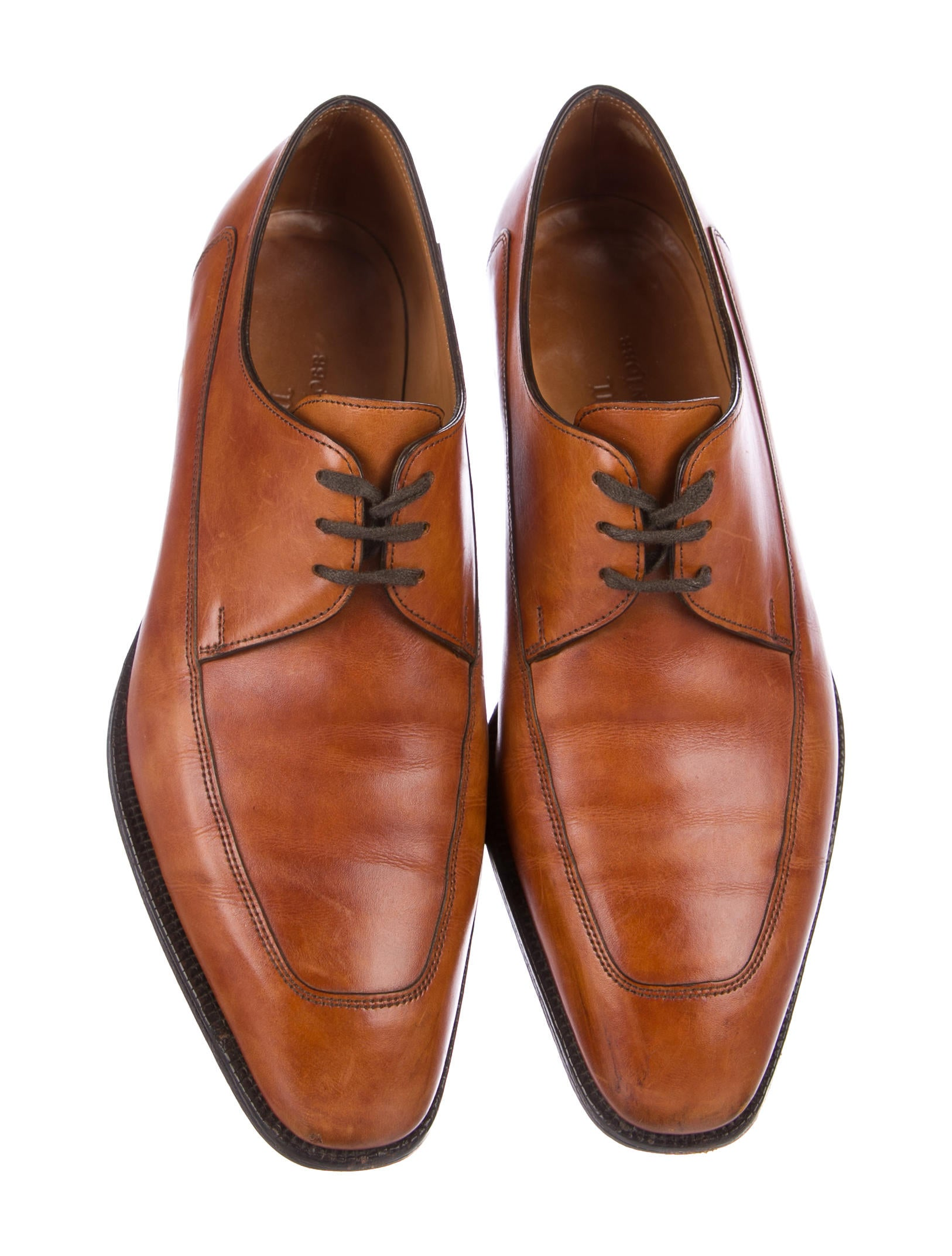 These derby shoes will put the perfect finishing touch on any outfit. New wardrobe ideas arriving daily. Whether you're hitting the street or the gym, we have what you need, with new shoe styles from Tory Burch Flat, Tory Burch Sandals, Schutz, Jeffrey Campbell Sandals Black, Frye Shoes, and Moschino.