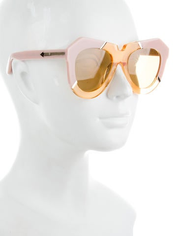 One Splash Sunglasses w/ Tags