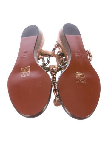 Metallic Toe-Ring Sandals