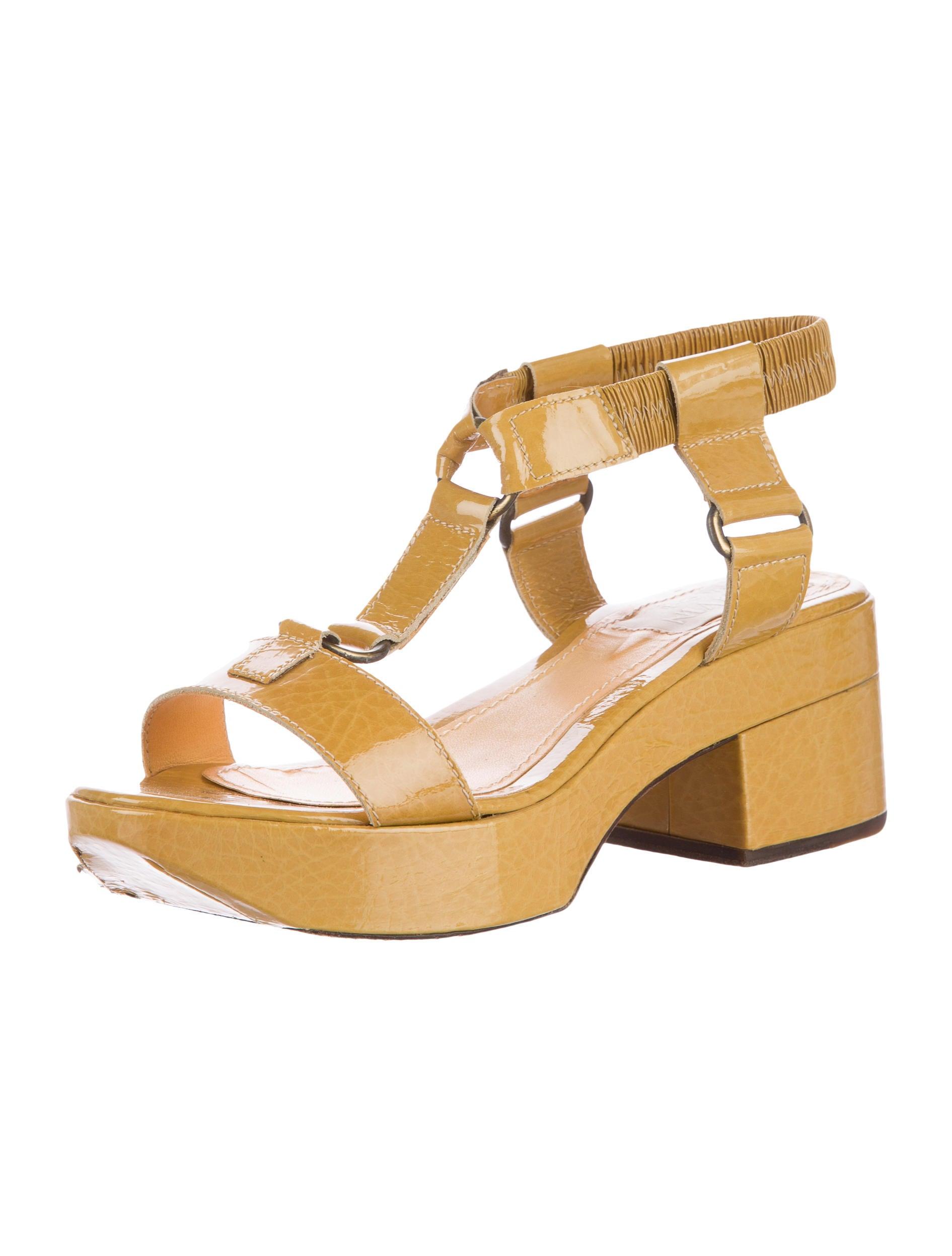 lanvin patent leather platform sandals shoes lan46585