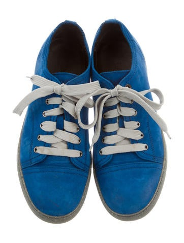 Basket Low-Top Sneakers