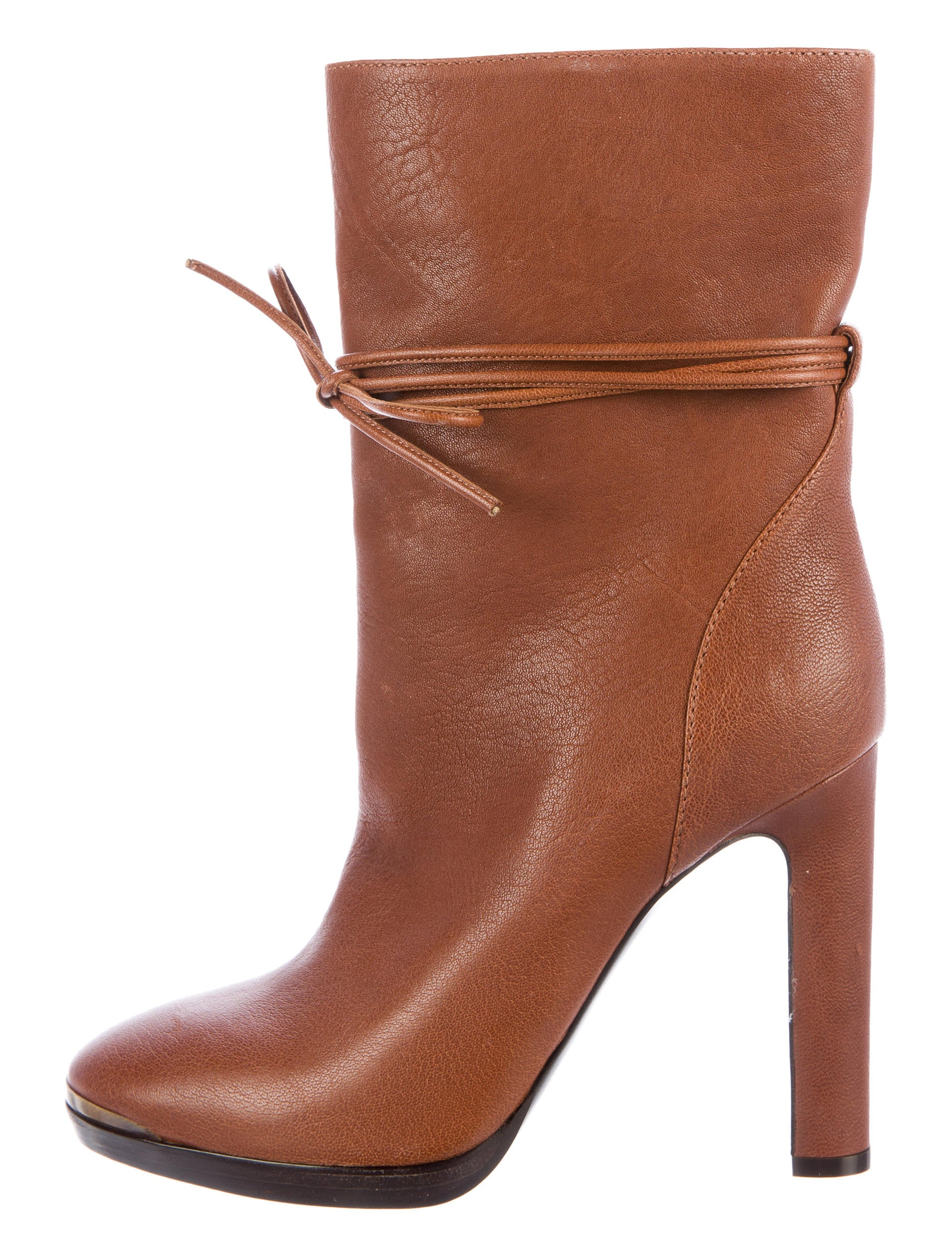 Lanvin Leather Round-Toe Boots perfect cheap price clearance largest supplier amazing price online ks5muJ0DQc