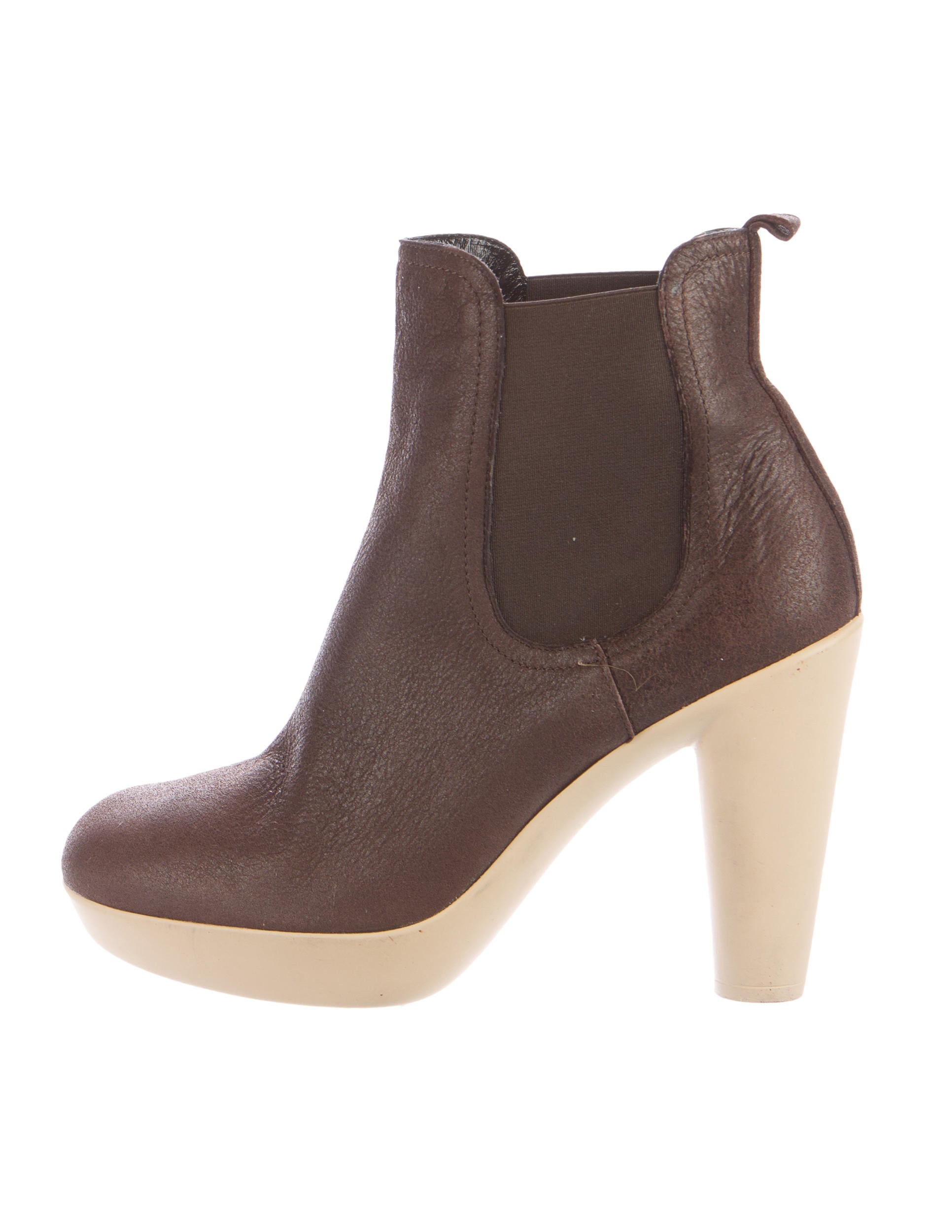 lanvin suede ankle boots shoes lan55535 the realreal