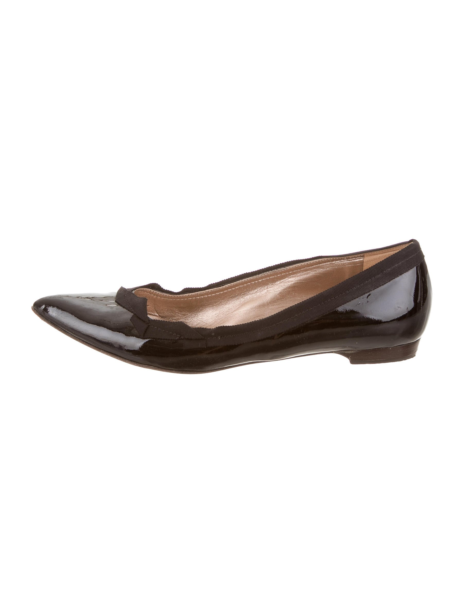 lanvin patent leather pointed toe flats shoes lan57393