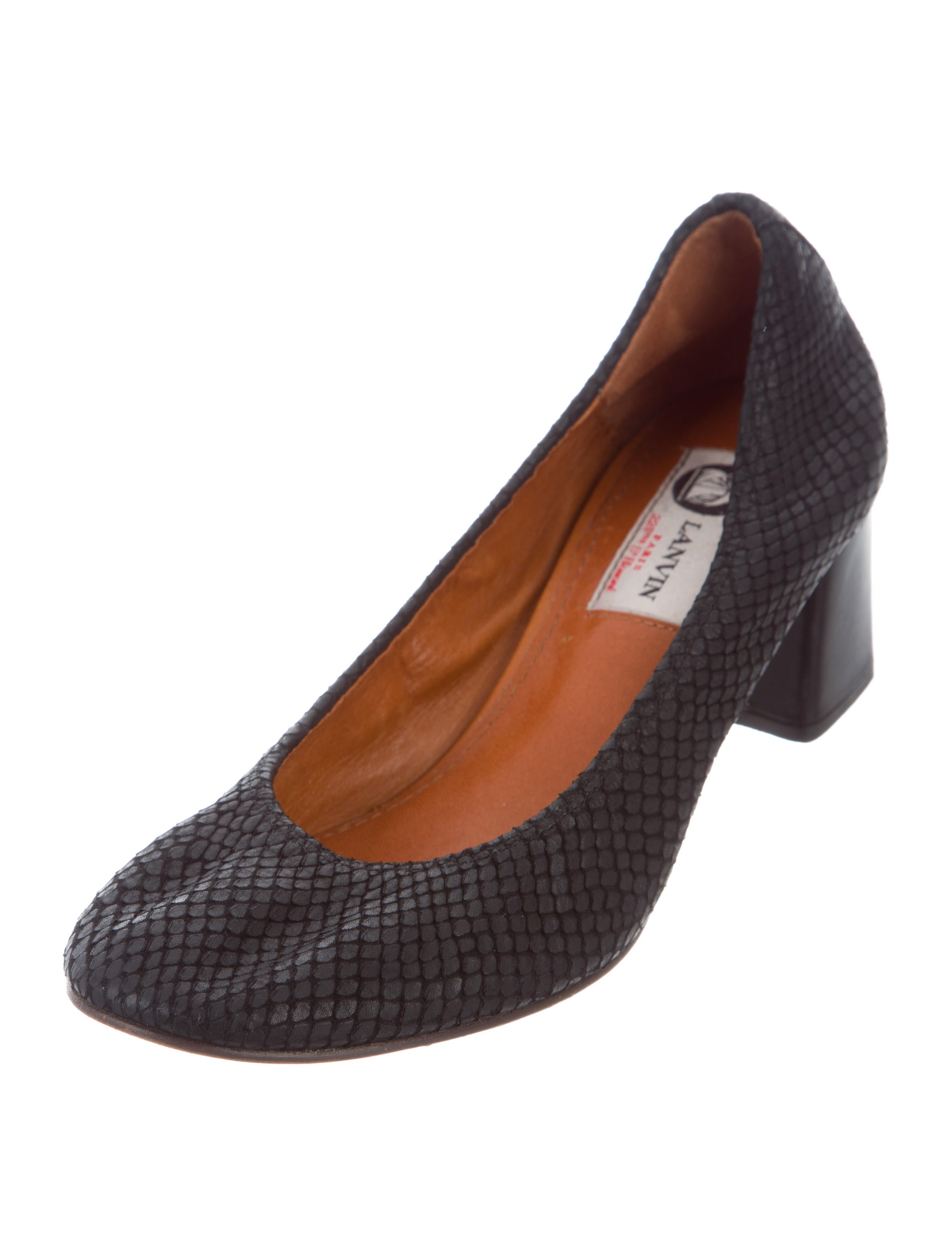 free shipping for sale cheap price Lanvin Embossed Round-Toe Pumps new for sale wTNAtHBGn