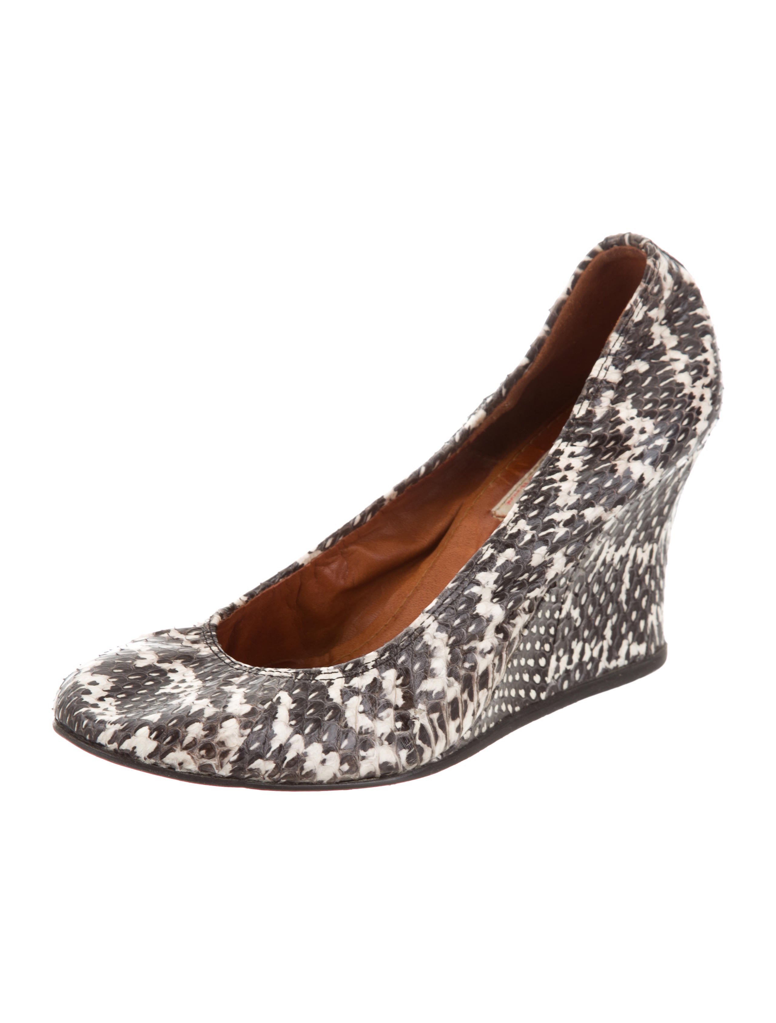 Lanvin Snakeskin Round-Toe Wedges sale in China discount amazing price lowest price cheap online 2015 sale online 8ncjBbqH