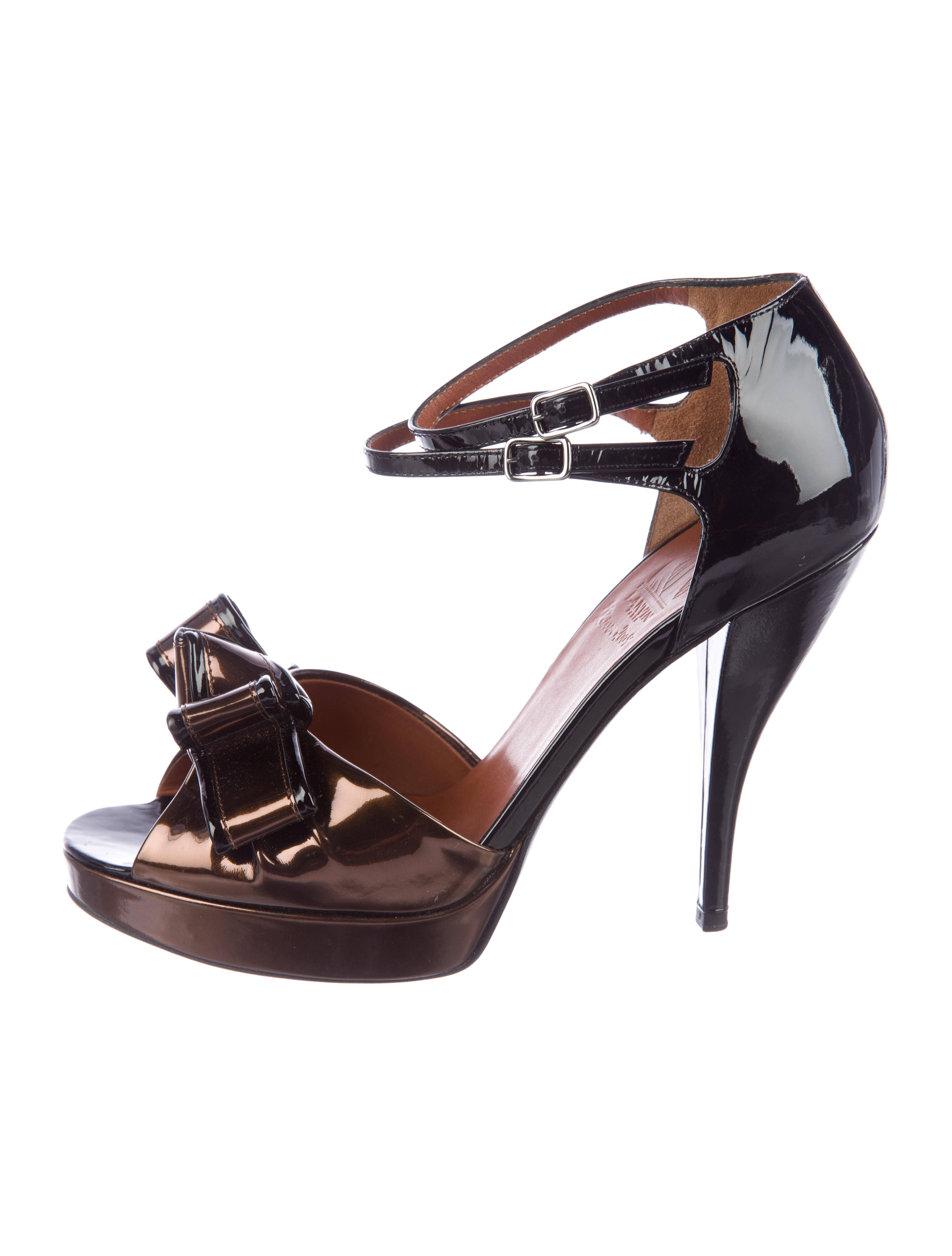 Lanvin Patent Leather Bow-Accented Sandals latest free shipping outlet outlet store online top quality quality free shipping ScRRXP