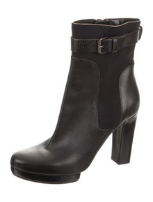 7a01ee7ff05 Boots | The RealReal