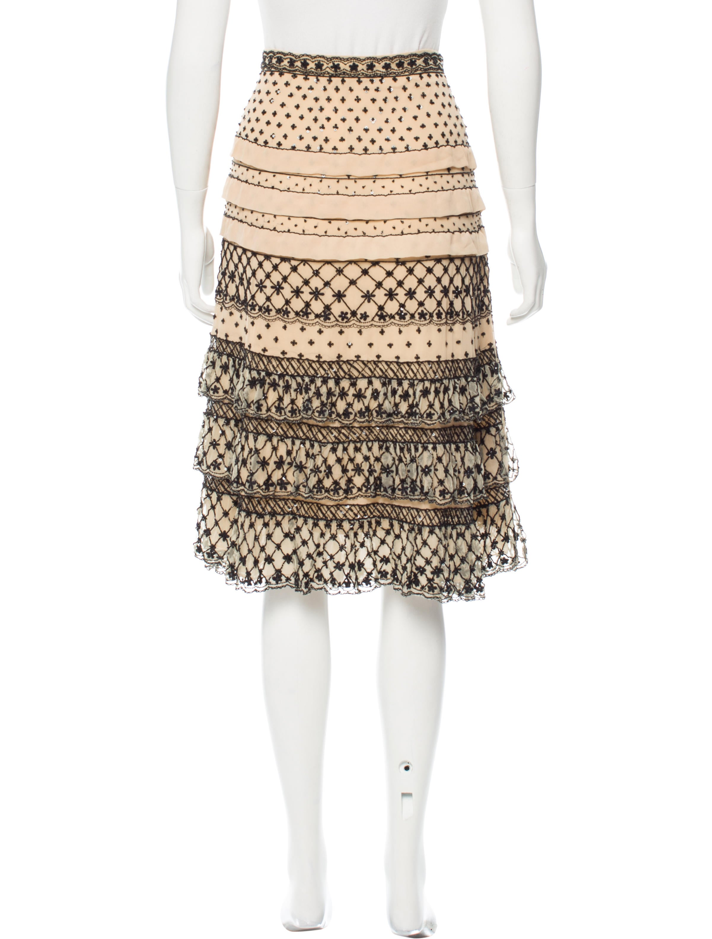 sequined knee length skirt w tags clothing