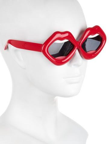 Yazbukey 1 Statement Lips Sunglasses